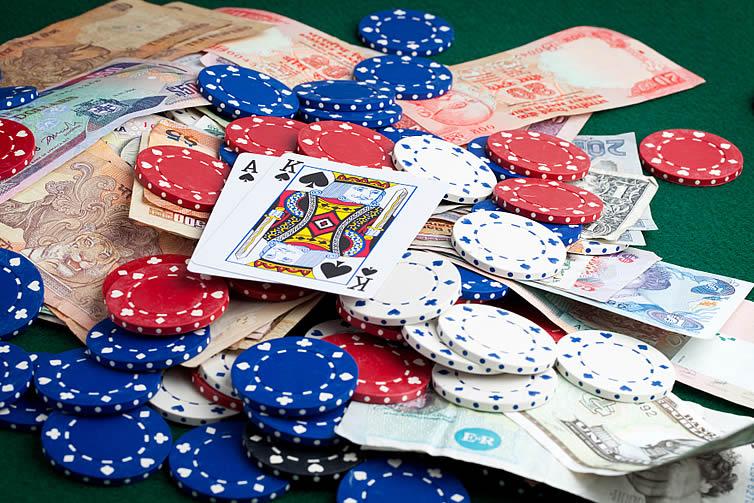 Ganar mucho dinero en Forex es como ganar en Poker